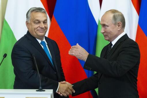 Nowy gazociąg może biec na Węgry. Putin daje nadzieje Orbanowi