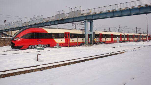 Utrudnienia na kolei tvnwarszawa.pl