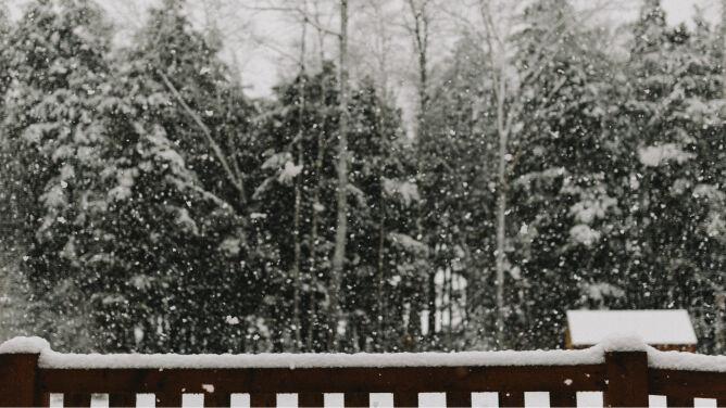 Pogoda na dziś: porywisty wiatr, <br />w górach spadnie śnieg